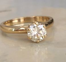 Yellow gold 18 kt solitaire ladies' ring with brilliant cut diamond, approx. 0.90 ct, K/P1