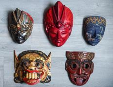 Decorative masks – 5 pieces – Bali & Java – Indonesia