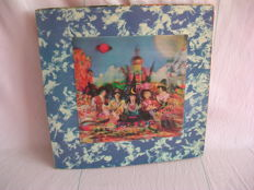 The Rolling Stones, Their Satanic Majesties Request with 3D cover. TXS 103 UK 1967.