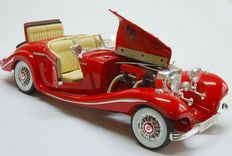 Maisto - Scale 1/18 - Mercedes-Benz 500 K Typ Special Roadster 1936 - Red