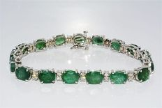 White gold bracelet with natural emerald 21.68 ct and diamonds 1.34 ct - length 18.5 cm / width 6 mm