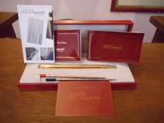Gold Plated S.T. Dupont Pen. Comes  In its box