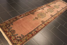 Beautiful handwoven Orient carpet Indo Ghom Nain 90 x 400 cm. Made in India.