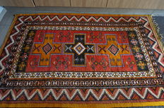 Hand-knotted Berber rug (Morocco)