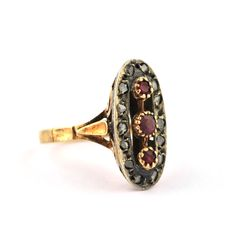 Ring with Rose cut Diamonds & Trilogy Oval Rubies set on 18K Gold - Size 55 (resizable)