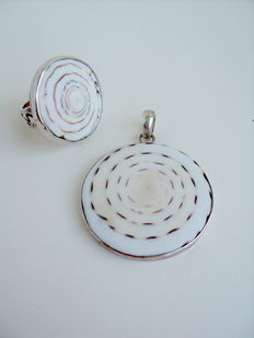 Silver 925 pendant and Ring with Real Shell Fossil; Pendant Dimensions:  56 x 41 mm