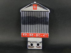 Vintage 1970 - 1980's RREC Rolls Royce Enthusiasts Club Enamel and Chrome Car Badge in the Shape of a RR front grille