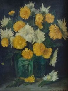 A. W. M. (Arnold) v.d. Laar (1886-1974)-. Still life with chrysanthemums in glass vase