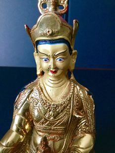 Representation of Padmasambhava in gold copper - Nepal - early 21st century