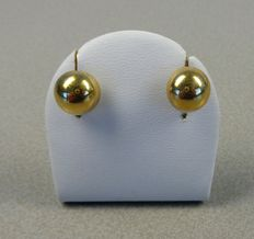 14k yellow gold ear studs, large model. Diameter 11 mm.