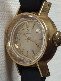 Omega-Ladies-Year1943- 18K Yellow Gold-Very rear