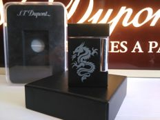 "S.T DUPONT lighter line 8 ""Dragon"" - Limited Edition - Chinese lacquer and chrome"