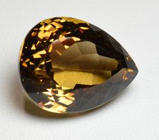 Topaze - Champagne - 31,49 carats