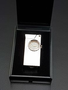 Marox  -  Lighter / Watch - swiss made  jaren 60