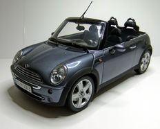 Kyosho - Scale 1/18 - Mini Cooper Cabrio R52 - Coolblue