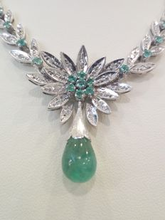 Elegant 750 white gold necklace with emeralds - Weight: 20.53 g - Made in Italy