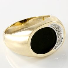 Men's 14kt Yellow Gold Ring - Onyx - 0.10 ct Diamonds  - Size: 11 ***No reserve***