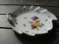 Meissen - Porcelain Leaf-Shaped Serving Dish