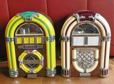 2 x Jukebox with AM/FM Radio and built-in tape recorder.