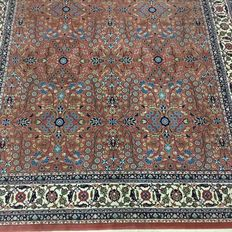 Hand-knotted oriental carpet - Indian Hereke, 315 x 200 cm, approx. 15 years old