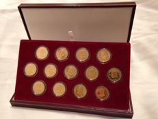Vintage set of Royal Marriage Coins V Centenary Borbon House - III from the Borbons. Silver and gold plate 24 carats.