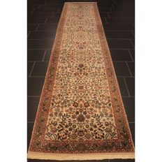 Luxurious hand-knotted oriental carpet, Indo Bidjar Herati runner, 380 x 85 cm, made in India at the end of the 20th century