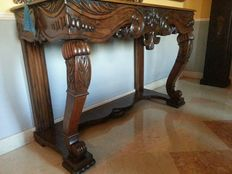 Large walnut console table - Second French Empire style - Venice, Italy - first half of the 19th century