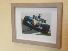 Fernando Alonso - 2 x world champion Formula 1 - original autographed 3D framed photo + COA.
