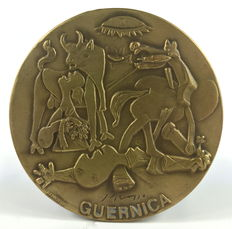 "Bronze medal ""Guernica"", Pablo Picasso - Spain, 2nd half 20th century"
