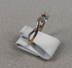 14k Yellow/white gold ring set with zirconia - 18 mm