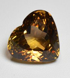 Champagne topaz gemstone of 26.47 ct.