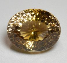 Topaz – Champagne – 17.74 ct – NO RESERVE PRICE