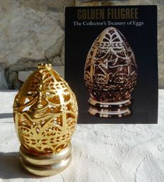 "Vintage egg 1988 - Collection ""The Collector's Treasuty of Eggs"" -  Gold metal -  Certificate - Franklin Mint"