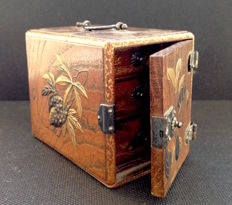 Very beautiful lacquered Inro chest - Japan - 19th century