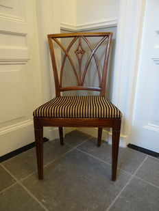 Elm dining chair, The Netherlands, early 19th century