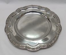 Masriera y Carreras. Silver tray or dish. Barcelona. Early 20th century.