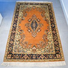 Beautiful Kashmir Ghom - 185 x 120 - very good condition - with certificate