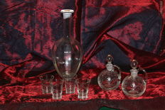 Rosolio Bottle with glasses and 2 italian ampoules 1940