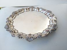Beautiful antique silver plated tray with lion feet, from ca 1890