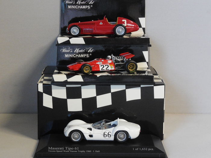 Minichamps - Scale 1/43 - Lot with 3 Italian sports car models: Alfa Romeo, De Tomaso & Maserati