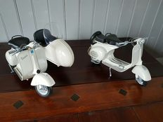 New Ray - Scale 1/6 - Lot with 2 x Vespa 150 VL