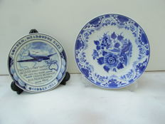 Porceleyne Fles -  Two wall plates, among other the Uiver KLM