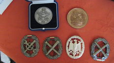 Medal Leopold II, King of the Belgian. Contest for tailors and seamstress from Brussels, Belgium  (Bronze) + four badges for German beret + another medal