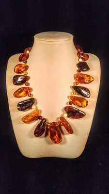 Genuine mixed colour Baltic Amber necklace, 97 grams
