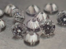 Lot of 12 brilliant cut diamonds of 1.80 mm, 0.29 ct in total, E/VVS
