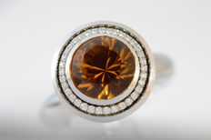 Eigenmann 18 kt white gold screw ring with one honey-coloured citrine and diamonds – 16.0 grams – Ring size: 52 (16.5 mm)