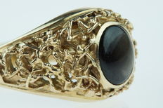 14 kt gold men's ring with precious stone, ring size 20+