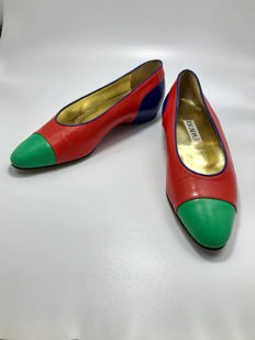 Escada - Leather flat shoes