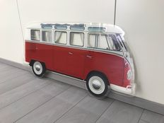 Painting on plexiglass - Volkswagen T1