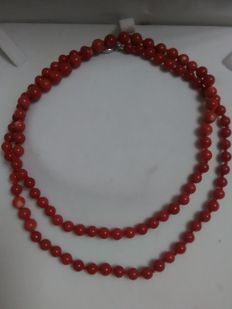 Sardinian coral necklace with 925 silver clasp